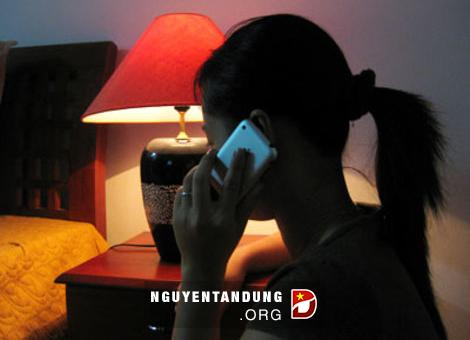 Cảnh giác với các cuộc điện thoại nhỡ lúc nửa đêm
