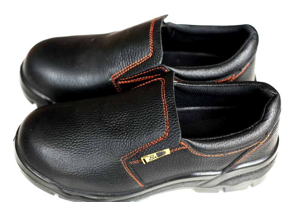 Giày bảo hộ lao động singapore DD - 01828