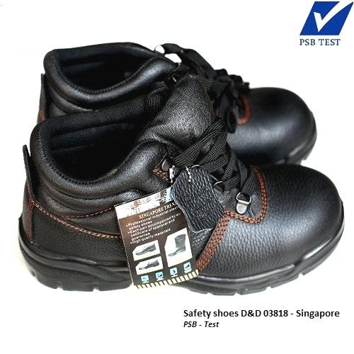 Giày bảo hộ lao động Quang Trung