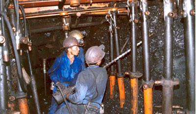 Tai nạn trong môi trường lao động công nghiệp còn cao