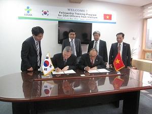 Việt Nam - Hàn Quốc mở rộng quan hệ hợp tác về vệ sinh an toàn lao động